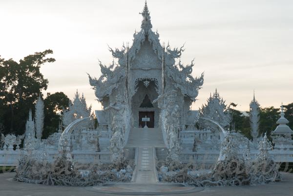 B&W temple 600 November 30, 2014 - 66